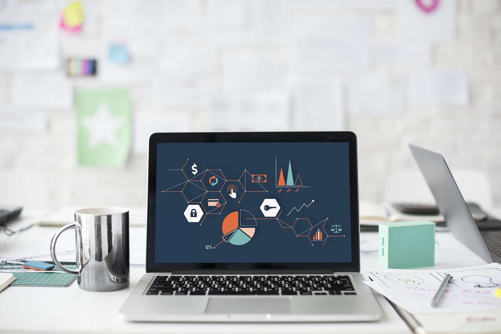Głośne wentylatory, gorąca klawiatura, nagłe wyłączanie się laptopa – Co powoduje ten problem i jak się go pozbyć?