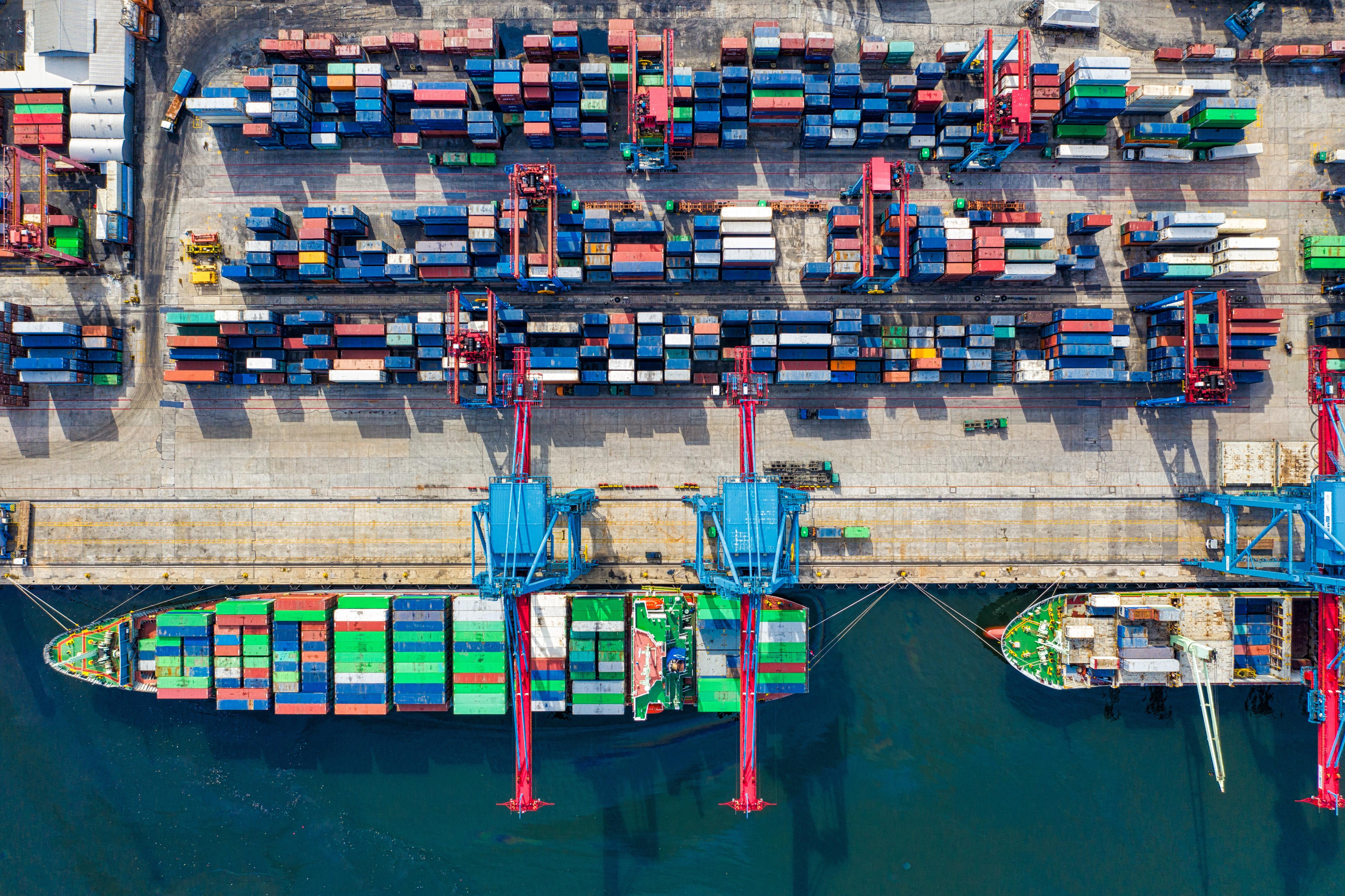 Zabezpieczenie przed korozją podczas transportu – dlaczego jest tak ważne
